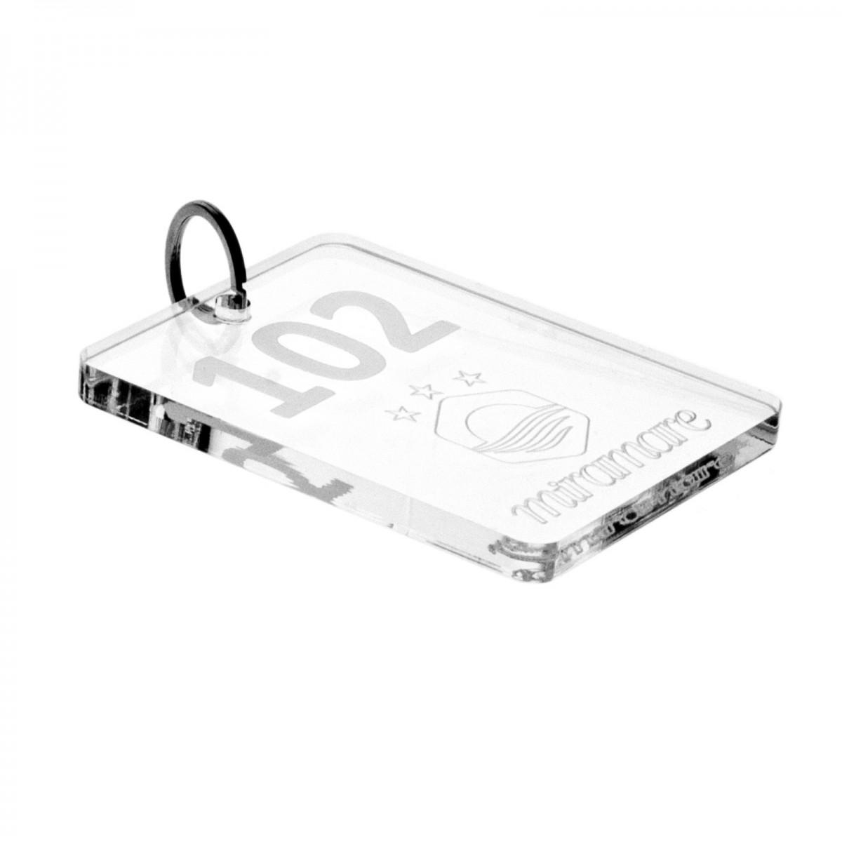 E-048 PC-D - Portachiavi per hotel in plexiglass trasparente Incisione Piena - Misure: 8 x H10 cm - D
